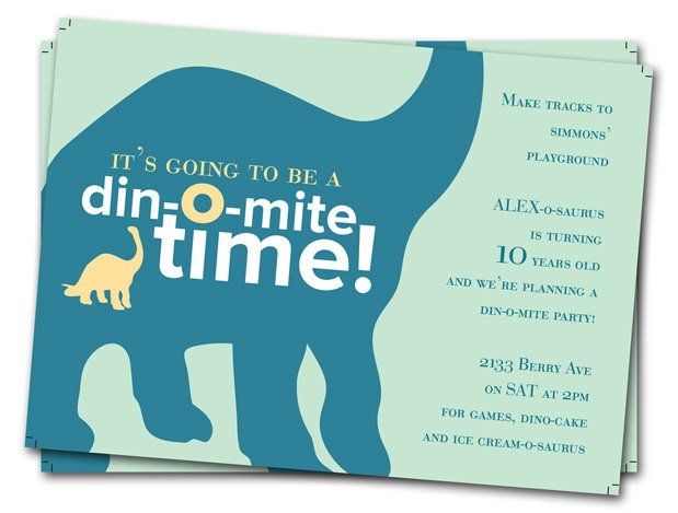 Brontosaurus Dinosaur Birthday Party Invitations